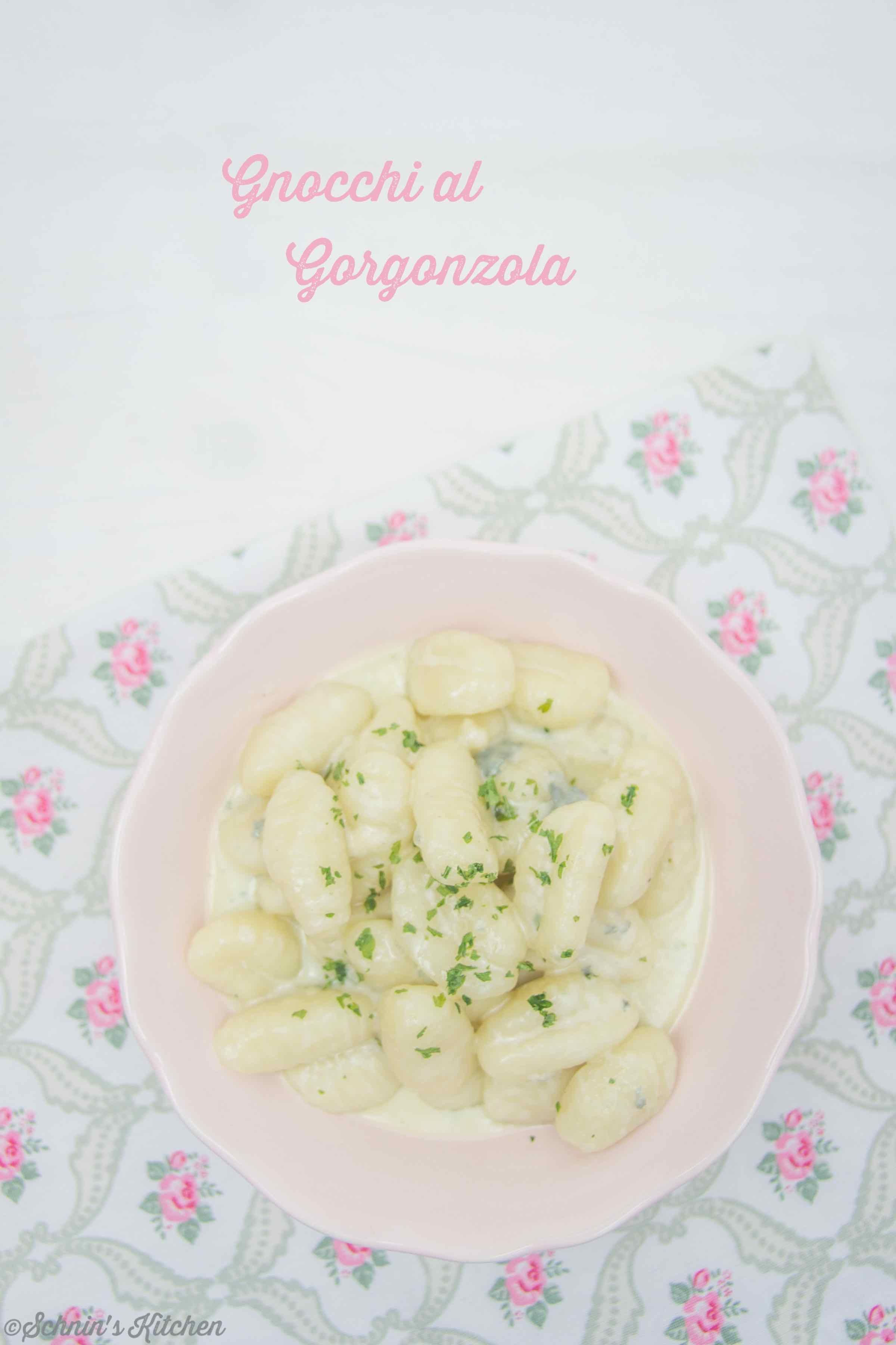 Schnin's Kitchen: Gnocchi al Gorgonzola