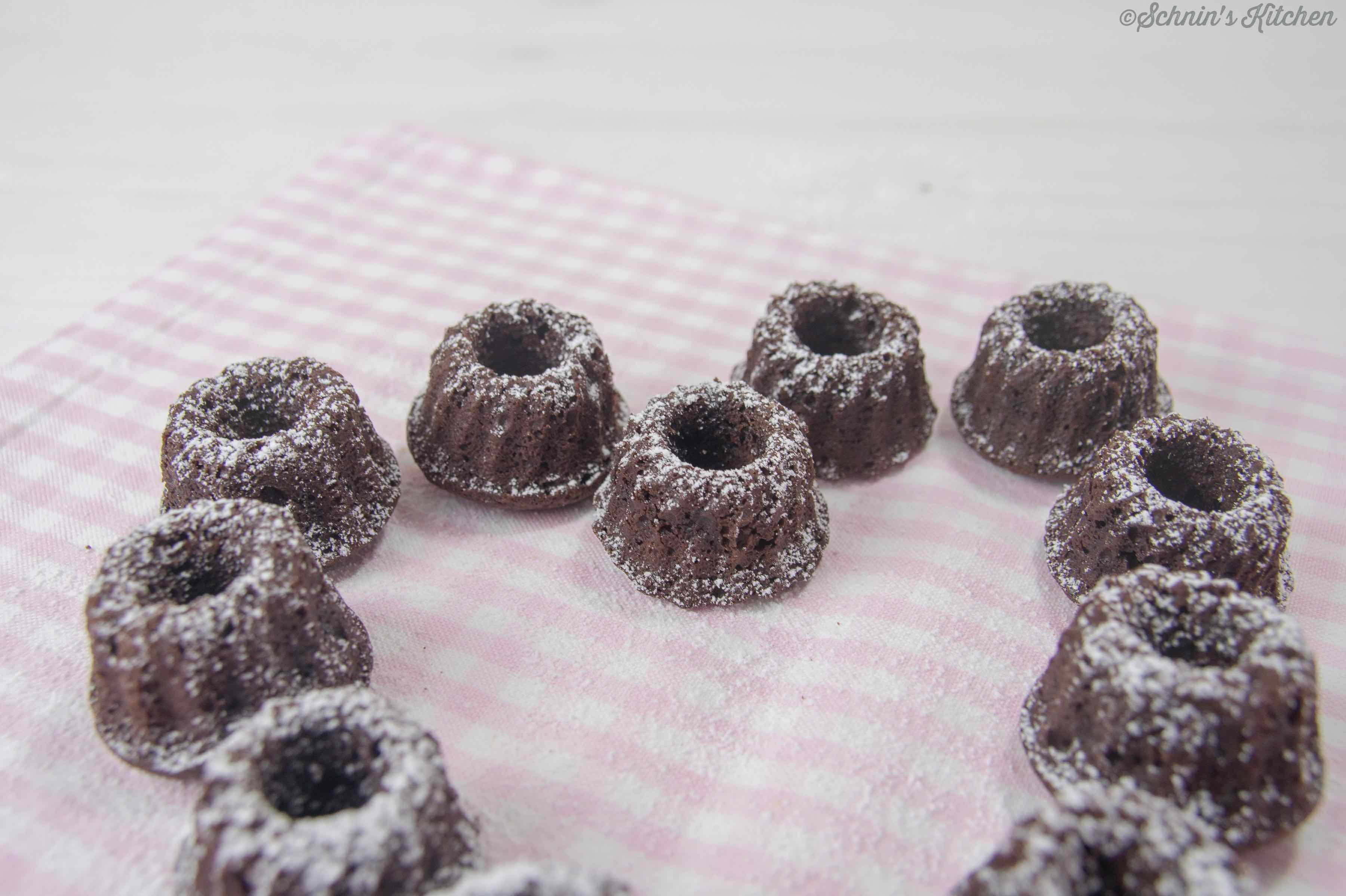 Schnin's Kitchen: Kleine Brownie-Gugel nach Cynthia Barcomi
