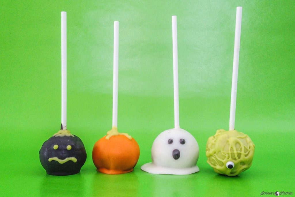 gruselige halloween cake pops mit oreos schnin 39 s kitchen. Black Bedroom Furniture Sets. Home Design Ideas