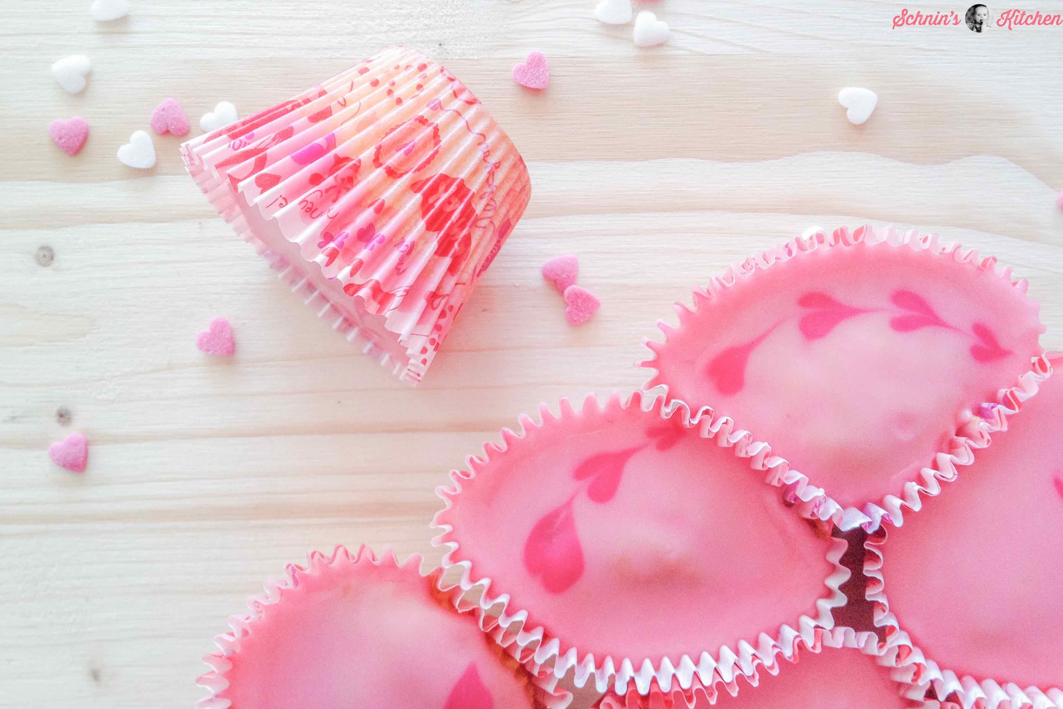 Cupcake-Herz-Kuchen für Valentinstag, Muttertag oder Hochzeit - www.schninskitchen.de
