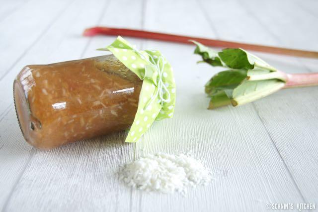 Schnin's Kitchen: Frühling im Paket: Rhabarber-Kokos-Marmelade mit Vanille