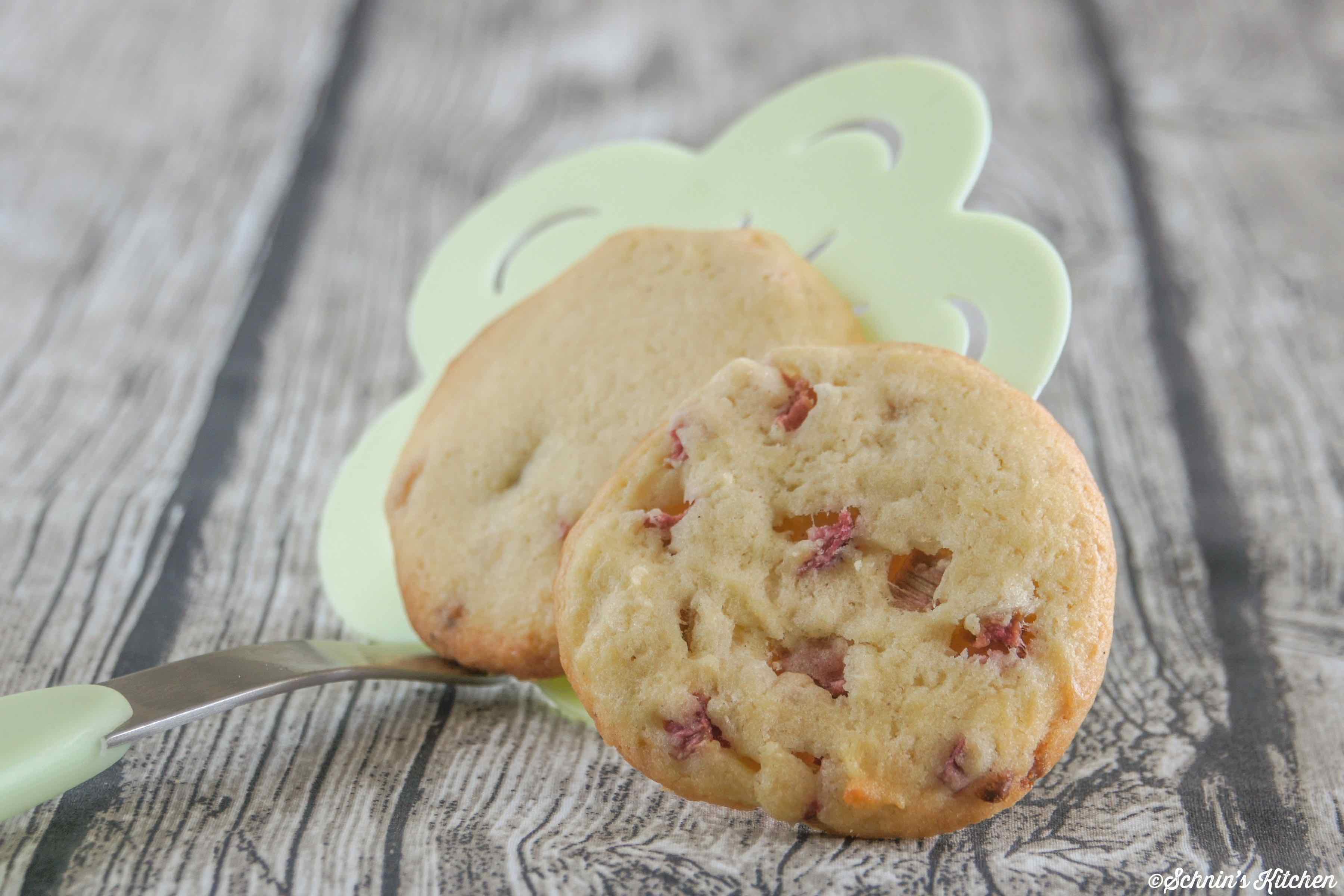 Schnin's Kitchen: Rhabarber-Cookies mit weißer Schokolade