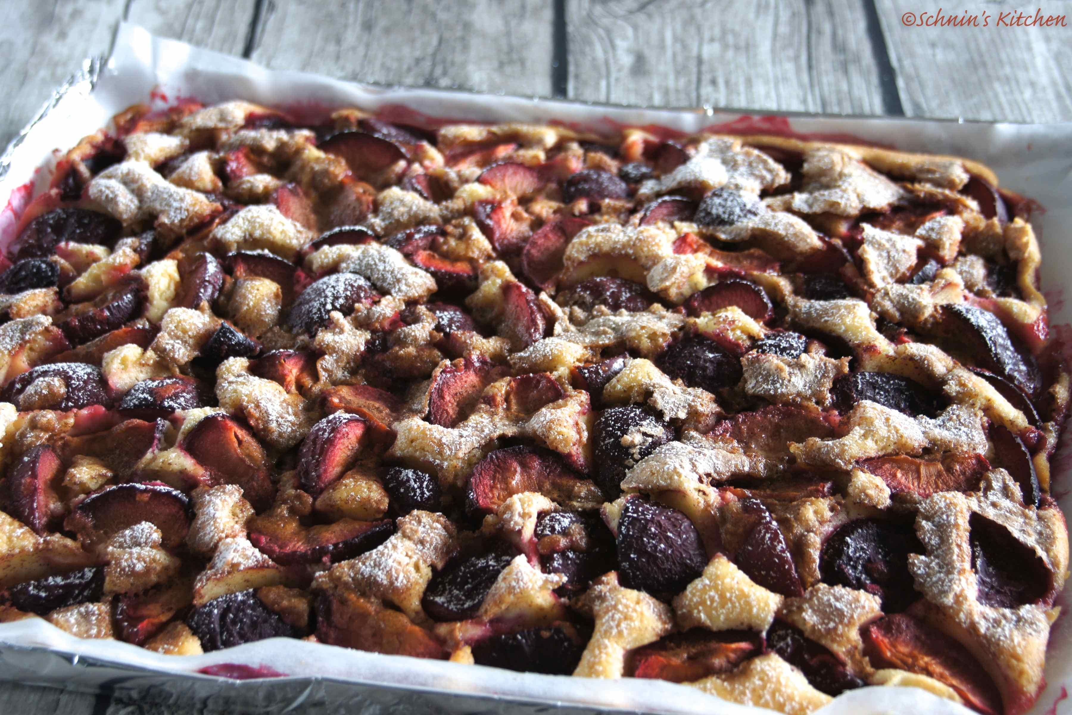 Schneller Pflaumenkuchen mit Zimtzuckerkruste vom Blech | www.schninskitchen.de