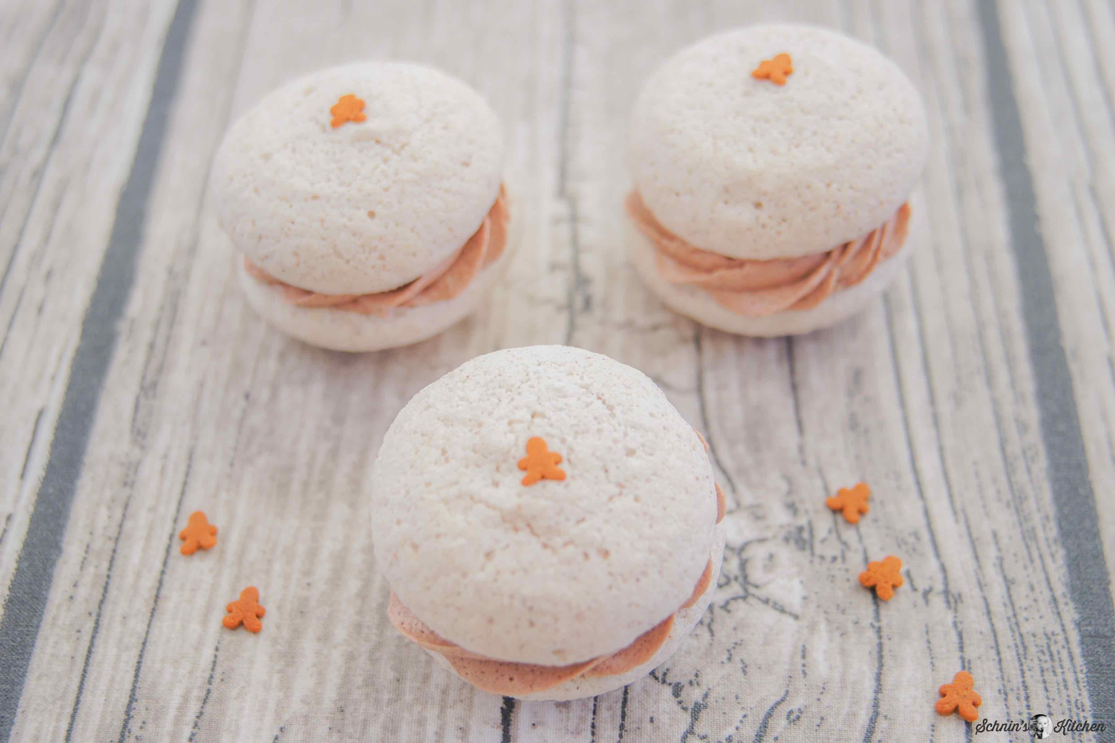 Lebkuchen-Macarons mit Lebkuchen-Nutella-Buttercreme | www.schninskitchen.de