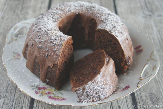 Schnin's Kitchen: Schokoladen-Bananen-Gugelhupf