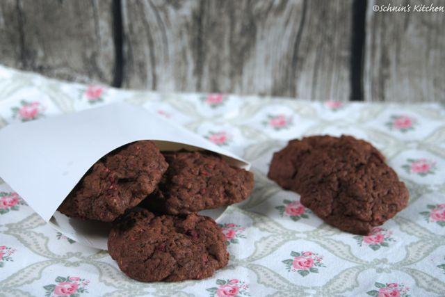 Schnin's Kitchen: Schoko-Himbeer-Cookies