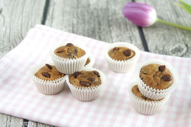 Schnelle Erdnußbutter Chocolate Chip Mini Muffins (glutenfrei)