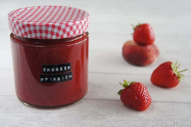 Schnin's Kitchen: Weißer-Pfirsich-Erdbeer-Marmelade mit Vanille
