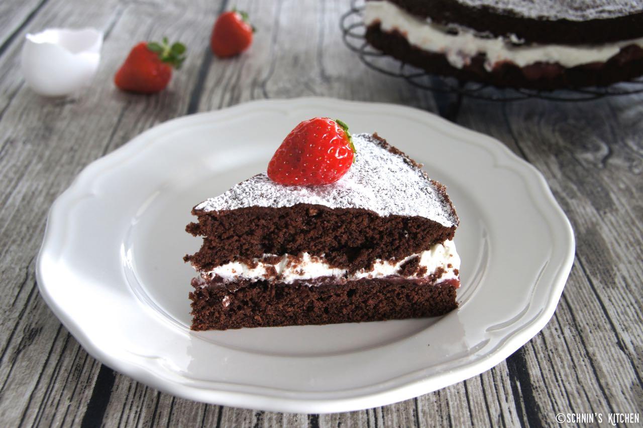 Schnin's Kitchen: Victoria Sponge Chocolate Cake