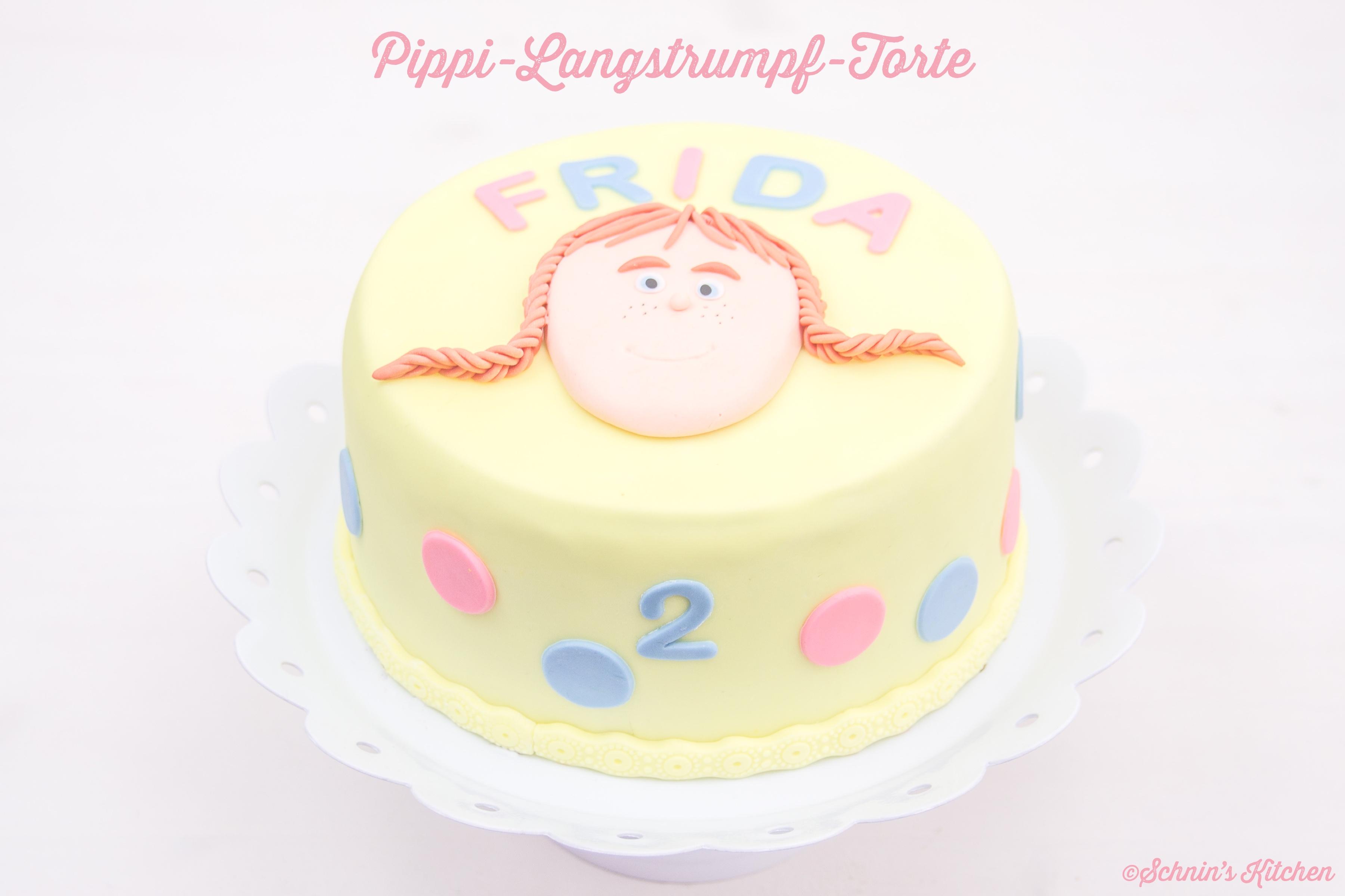 Pippi-Langstrumpf-Torte mit Fondant. Die perfekte Geburtstagstorte für kleine Pippi-Fans. | www.schninskitchen.de