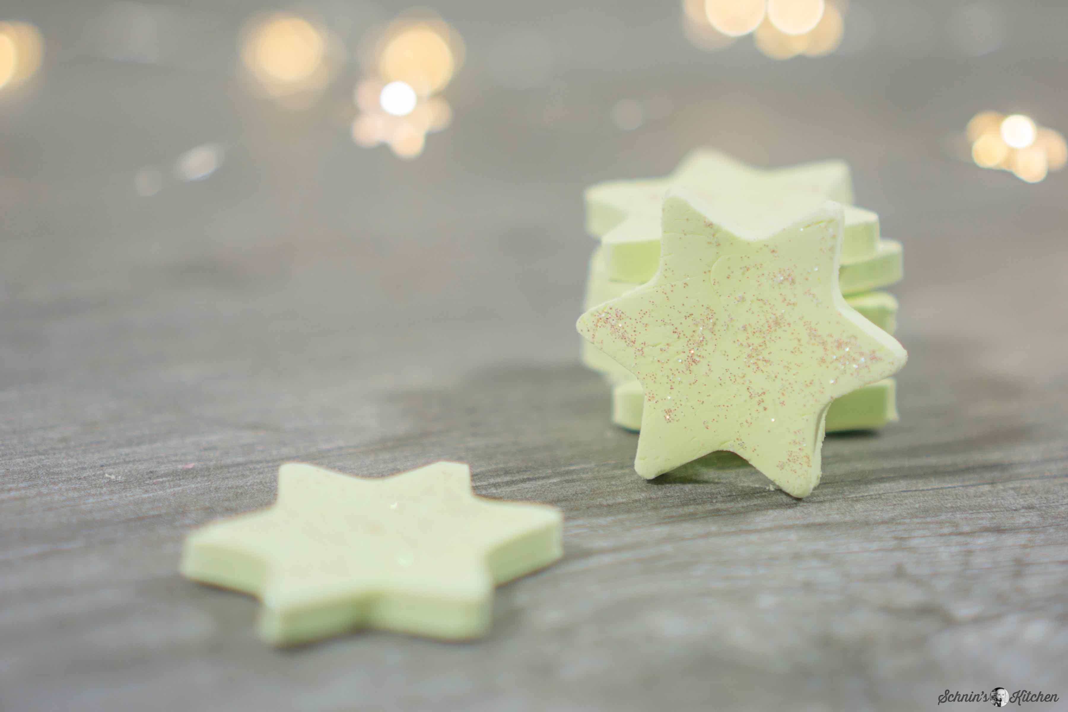 Knetseifensterne selber machen als Weihnachtsgeschenk | www.schninskitchen.de