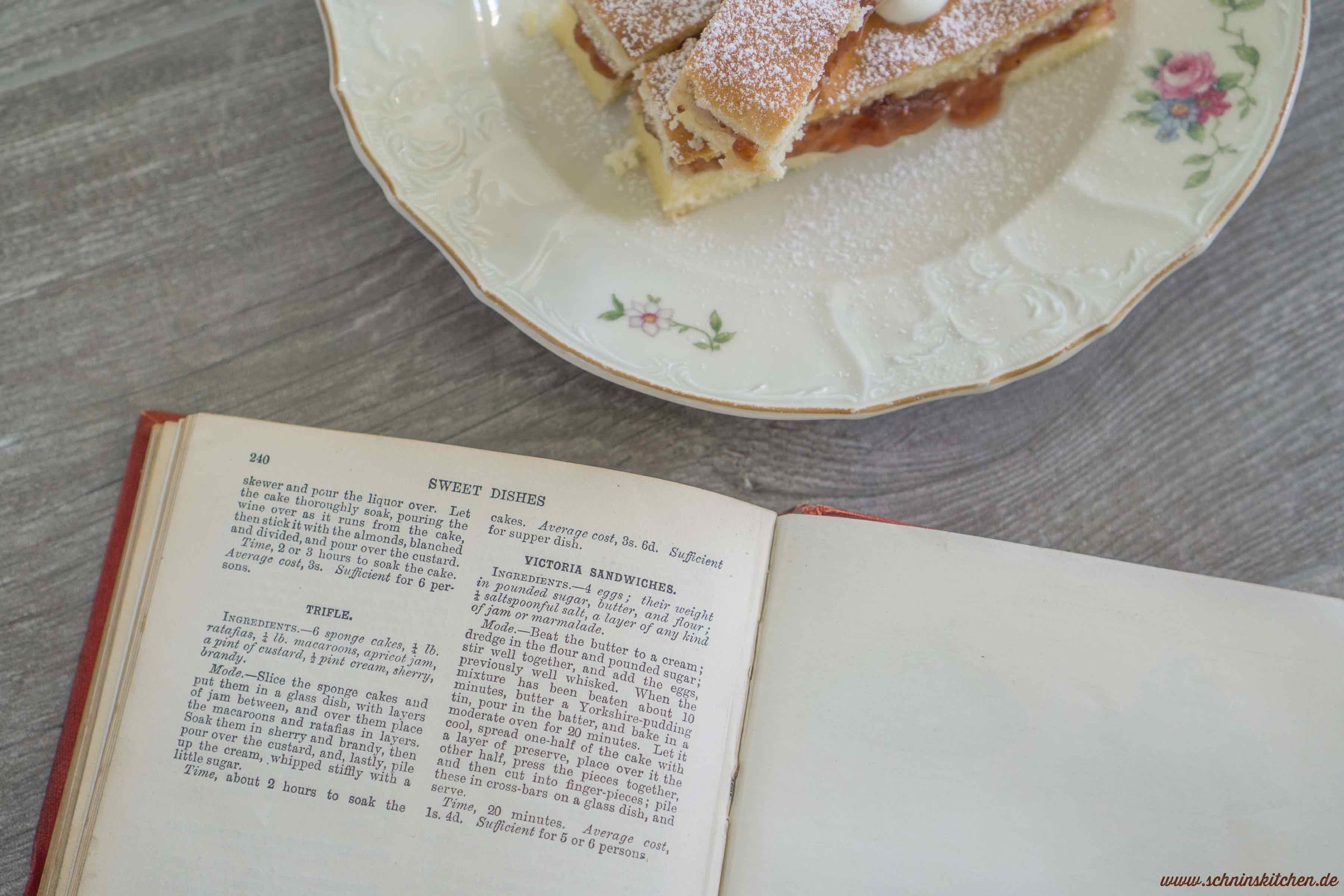 Victoria Sandwiches - Originalrezept aus dem 18. Jahrhundert für Victoria Sponge Cake | www.schninskitchen.de